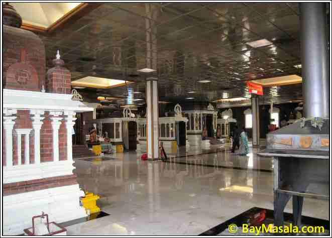Livermore Siva Vishnu Temple inside © BayMasala.com