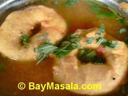 saravanaa bhavan rasa vada   - Image © BayMasala.com